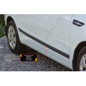 Молдинг на дверь (вариант 2) передний левый Kia Rio 2011-2015 III (седан) глянец (под покраску)
